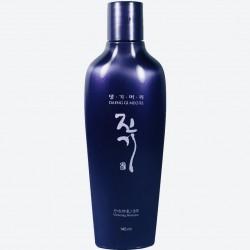 Регенерирующий шампунь от выпадения волос DAENG GI MEO RI Vitalizing Shampoo - 145 мл