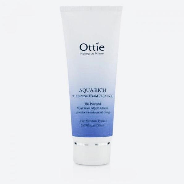 Отбеливающая пенка для умывания Ottie Aqua Rich Whitening Foam Cleanser - 150 мл
